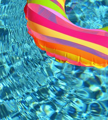 Maintain your pool with Pristine Water pool maintenance packages